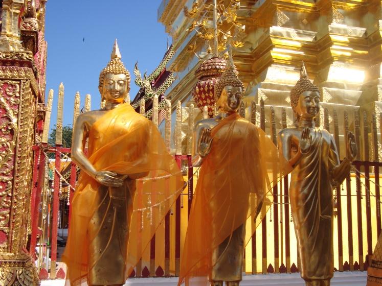 Wat Phra Doi Sutep buddhas.jpg