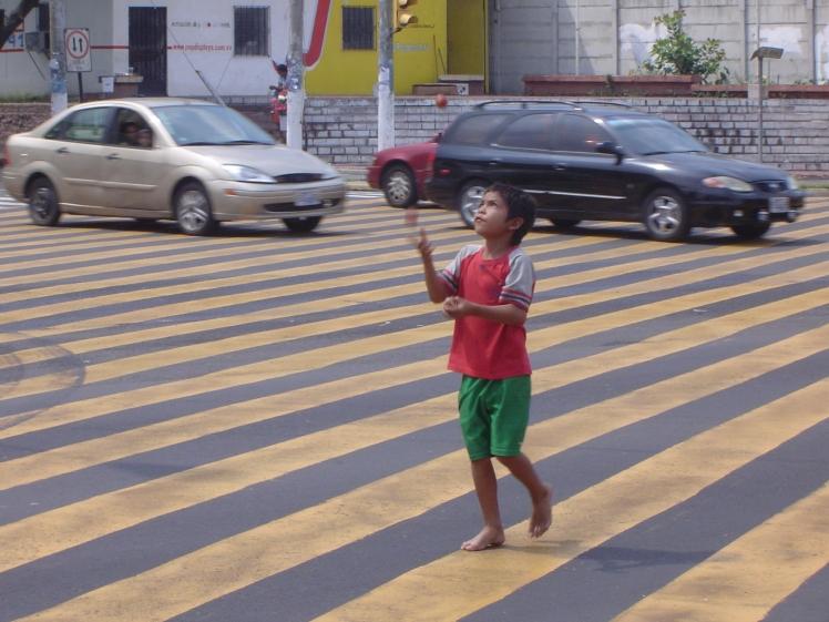 boy juggler cu