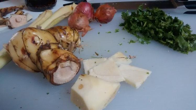 ingredients for vegan sai ua, or vegan chiang mai sausage
